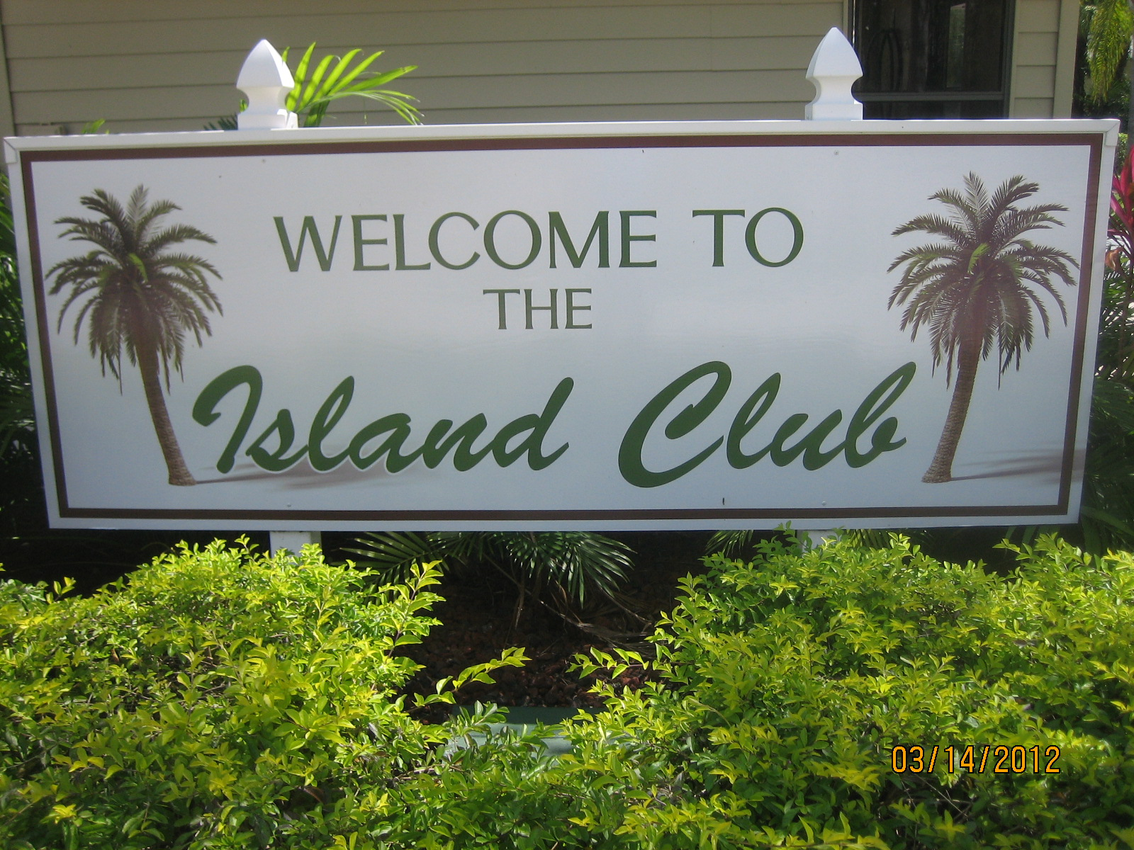 About Island Club HOA